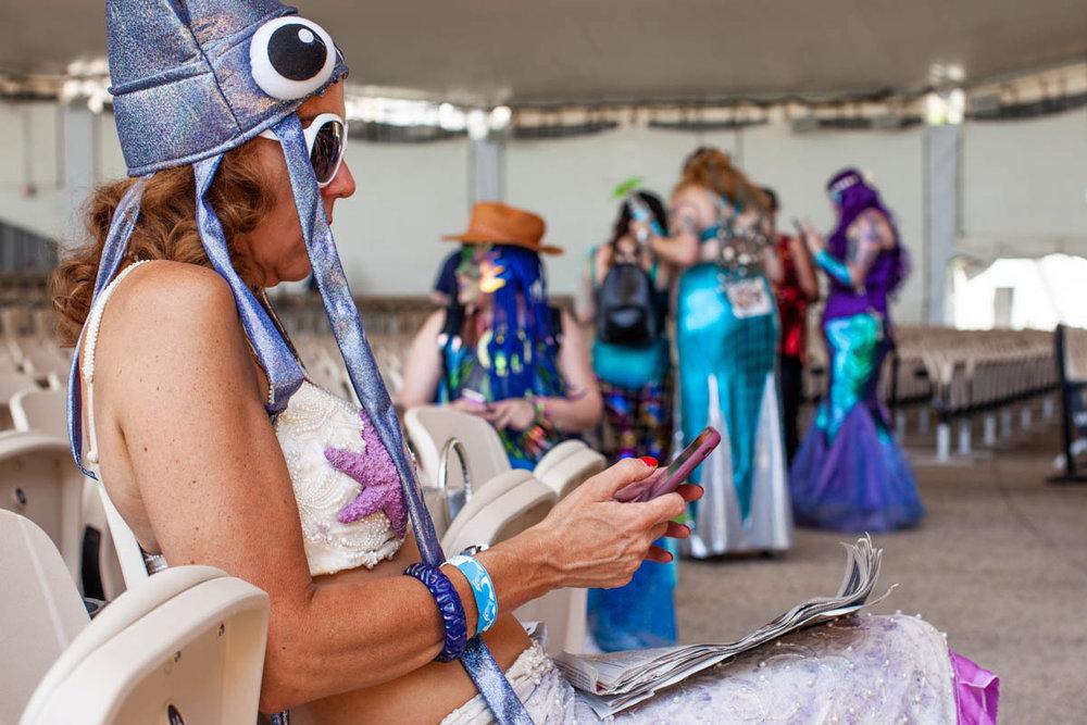 MermaidParade1214-WEB-Portfolio.jpg