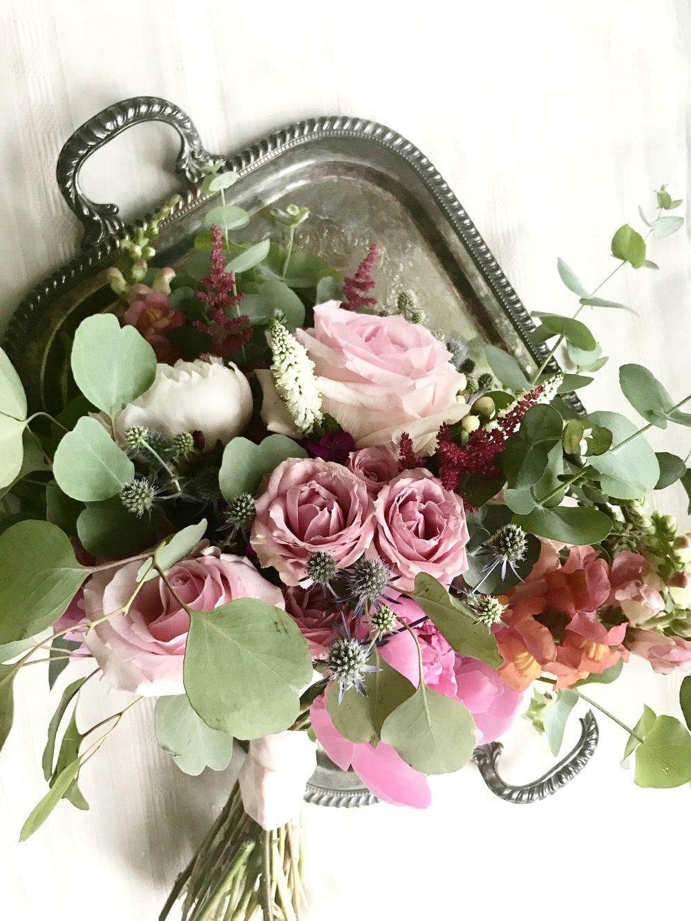 Anna bouquet.jpg