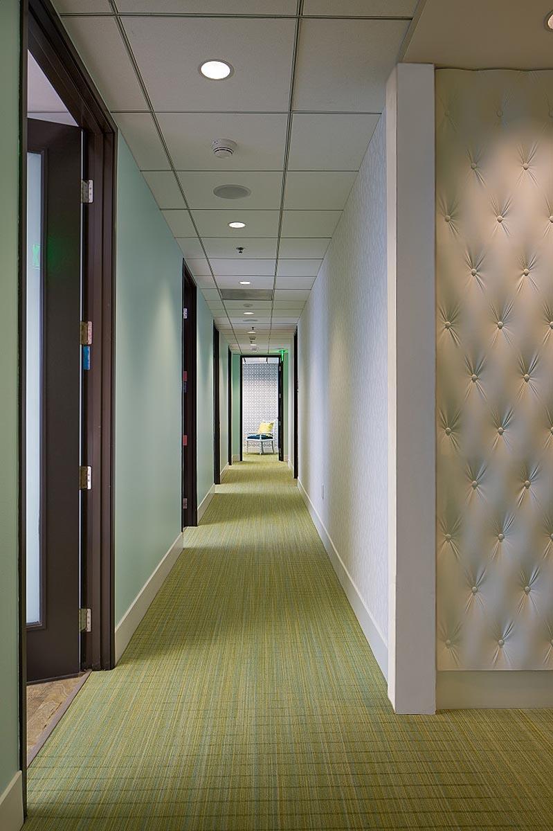 Photo-9-Hallway.jpg