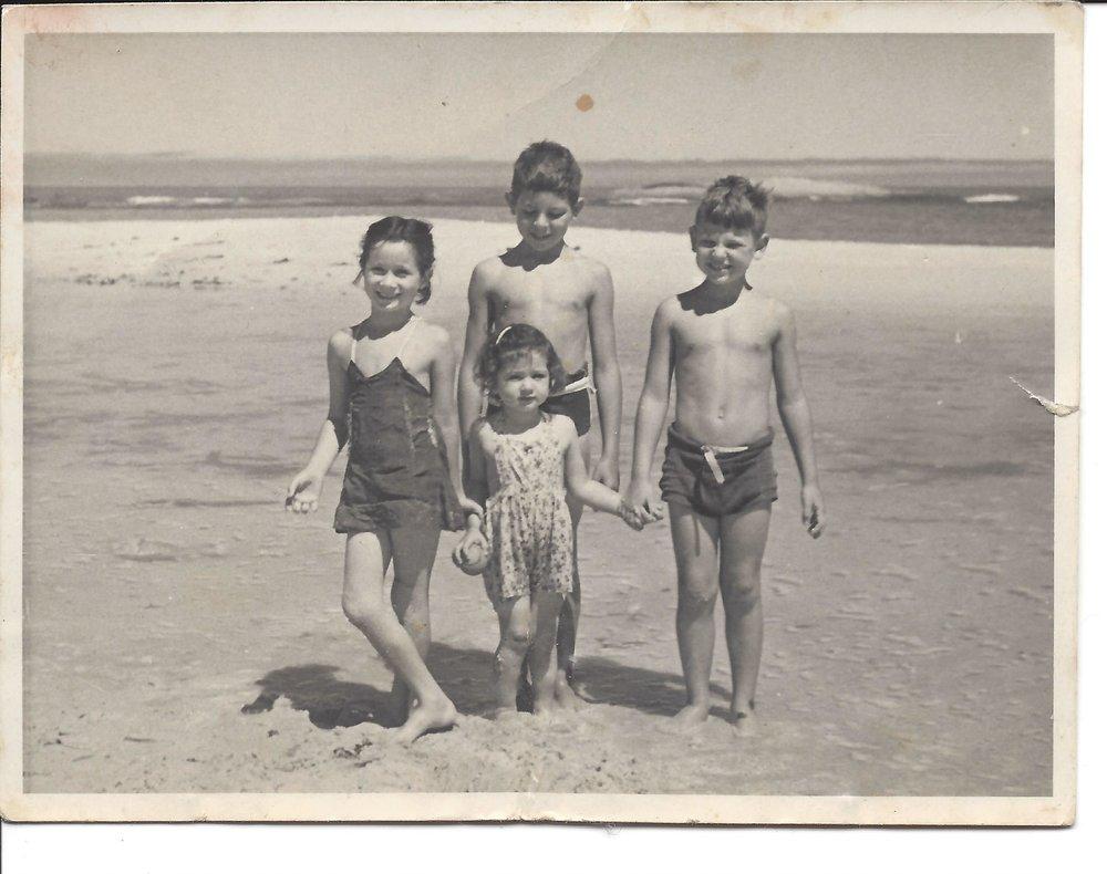 Me Leonie Milton Arnold beach MR.jpg