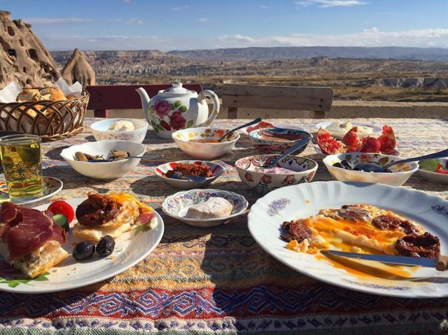 The most magical (Turkish) breakfast. #EatTheWorld @EatHolidays 🌎🍚🌏
