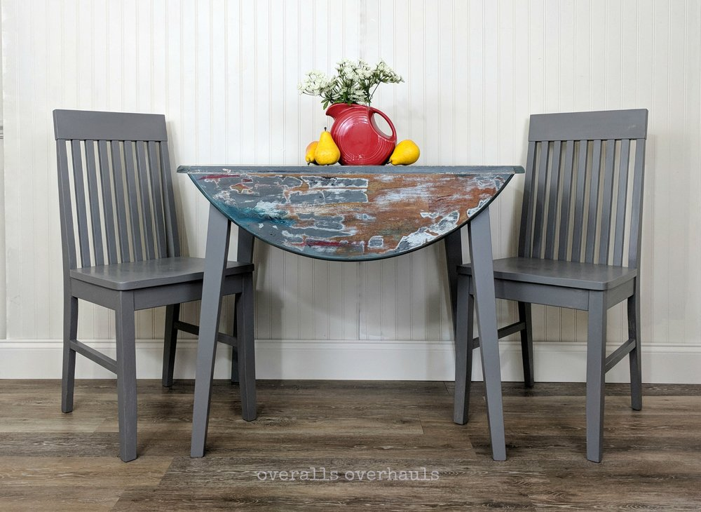 table & chairs 5718 c.jpg