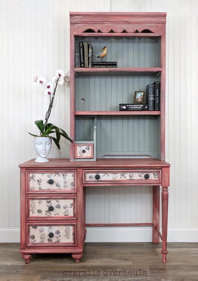pink desk good.jpg