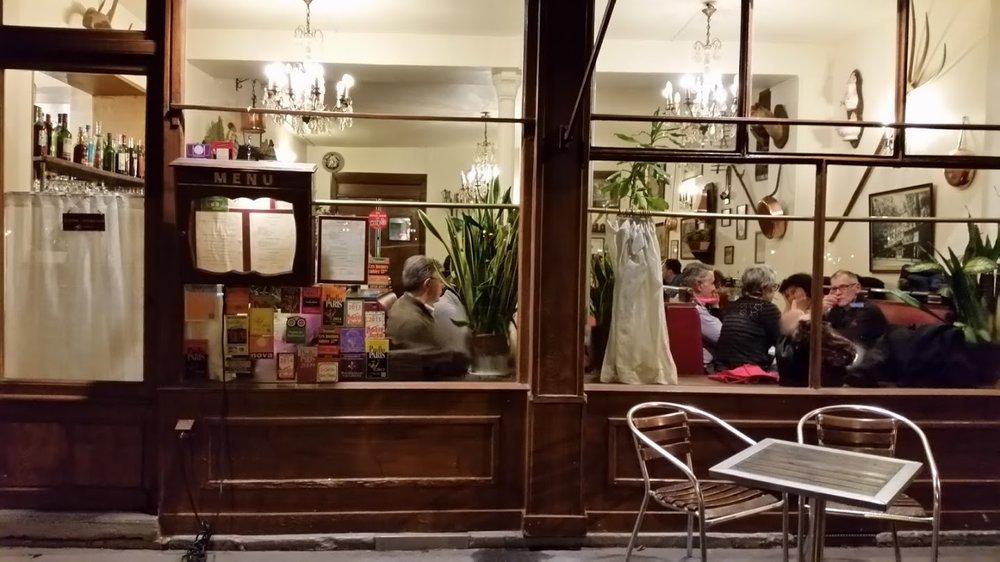 paris-farewell-dinner.jpg