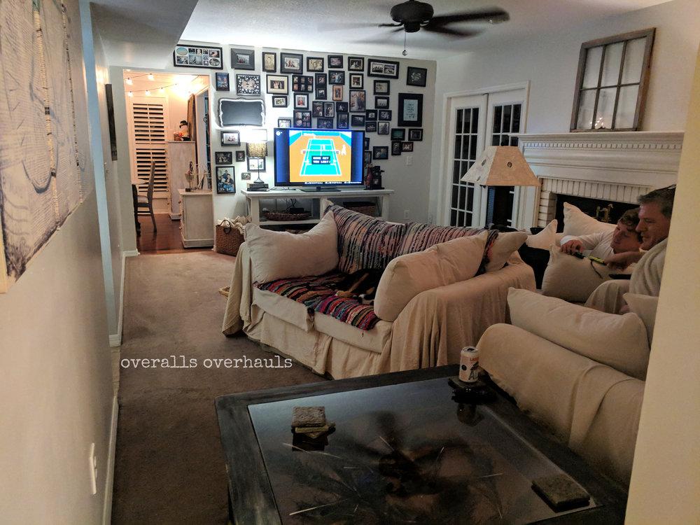 thanksgiving living room.jpg