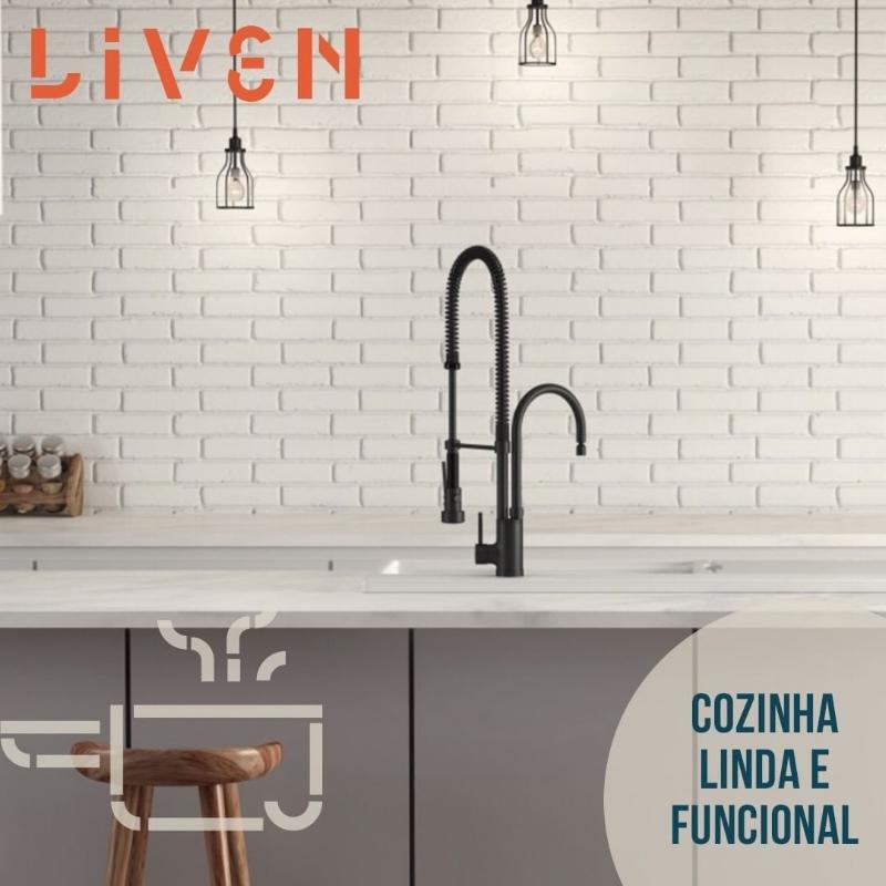 Liven, Casa, Portfólio, Amora Consultoria Linguística, Identidade Verbal.