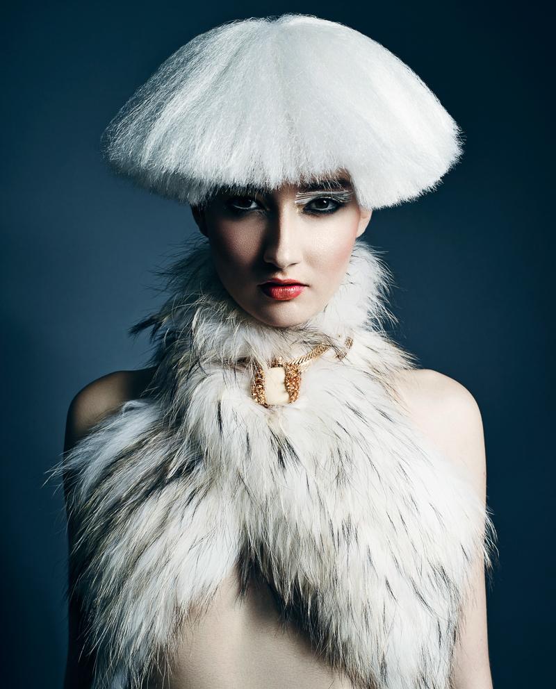 Yulia-Chernysh-by-Benjo-Arwas-10.jpg