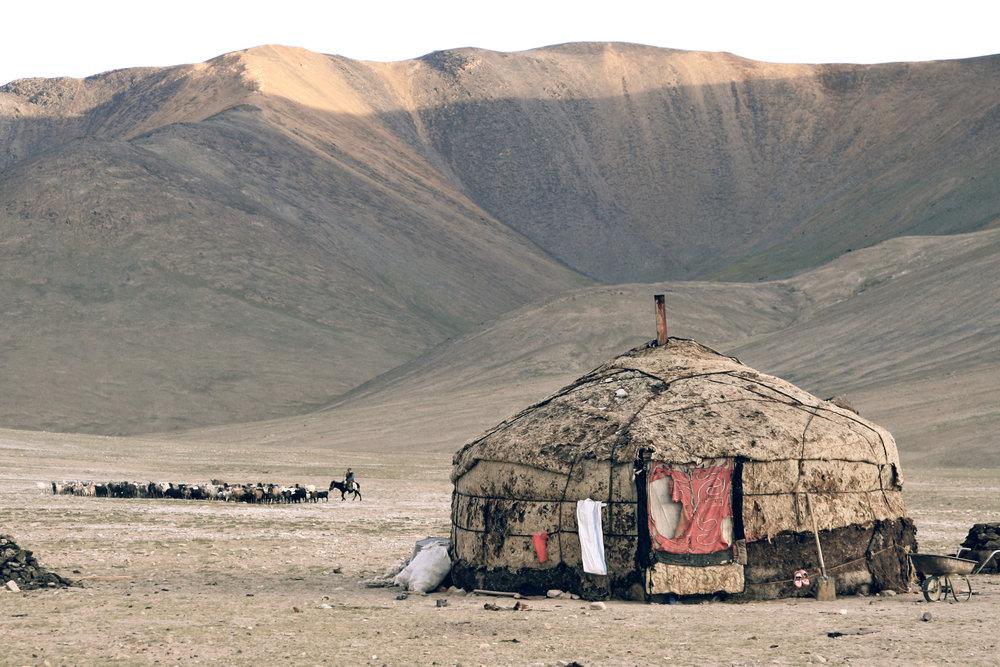 silk-road-borderlands-china-xinjiang-pakistan-tajikistan-trek-tour-inertia-network.JPG