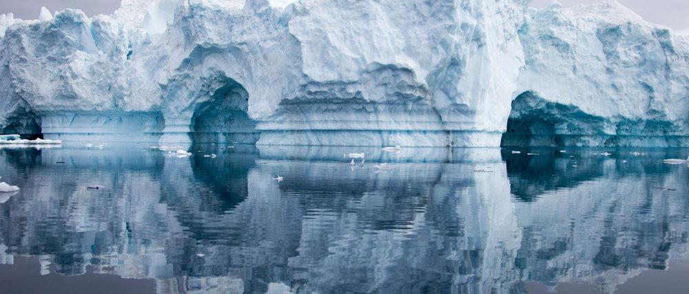 greenland-iceberg-caves.jpg