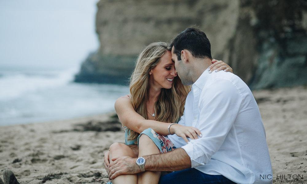 Sunset-Cliffs-San-Diego-Engagement-Photo.jpg