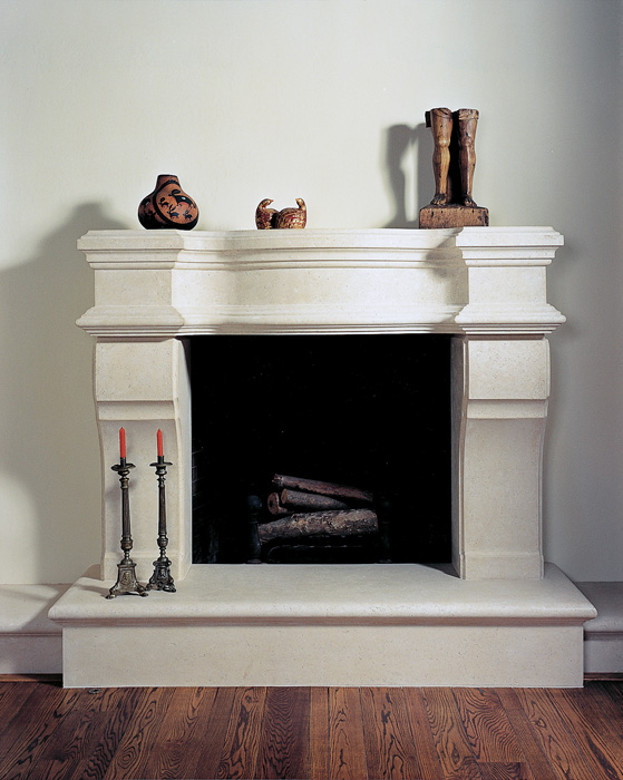 Louis XVI Mantel