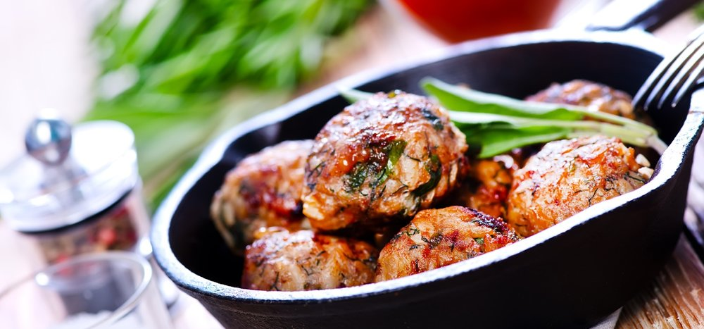meatballs-with-spice-in-the-pan.jpg