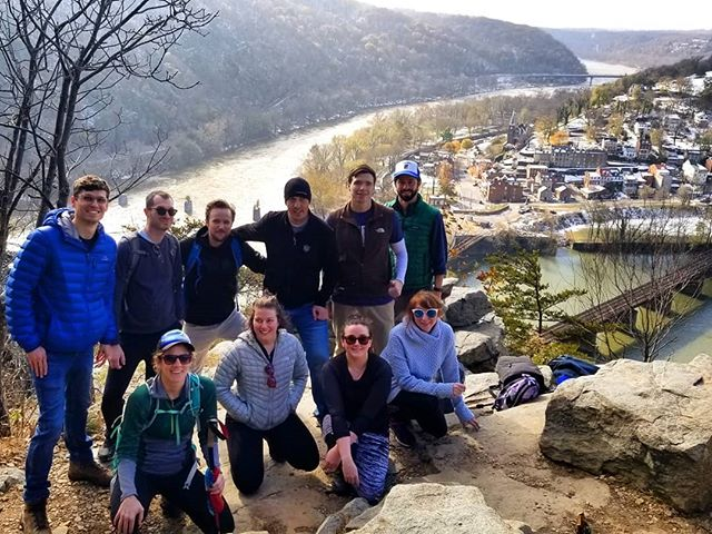 #tbt to our last fall hike, which certainly seemed more like a winter adventure. Maryland Heights hike, a spontaneous trip to the new impressive @harpersferrybrewing &  thawing out while tasting wine @creeksedgewine #hikelocaldrinklocal #trailsandalesdc