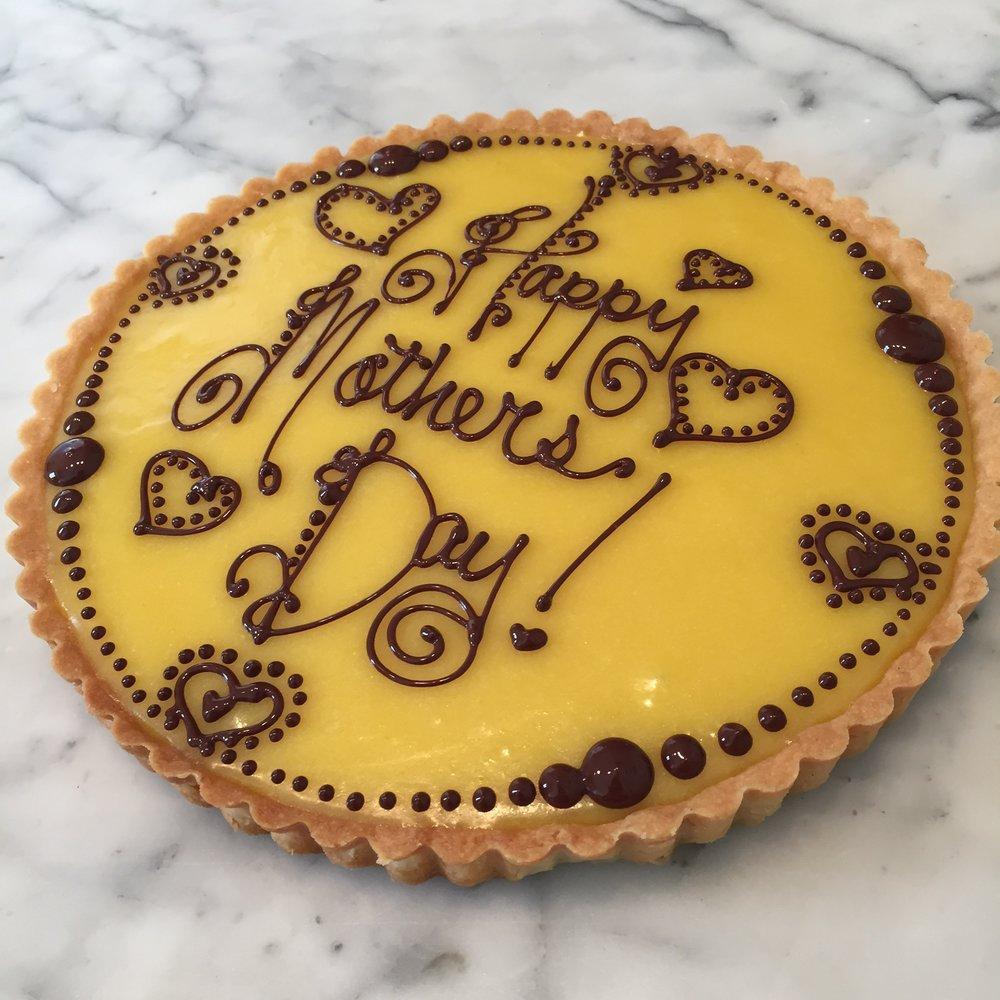 decorated lemon tart