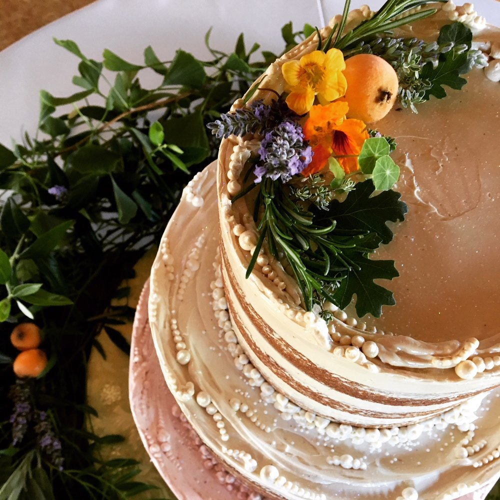 Three-Flavor Tiered Cake detail