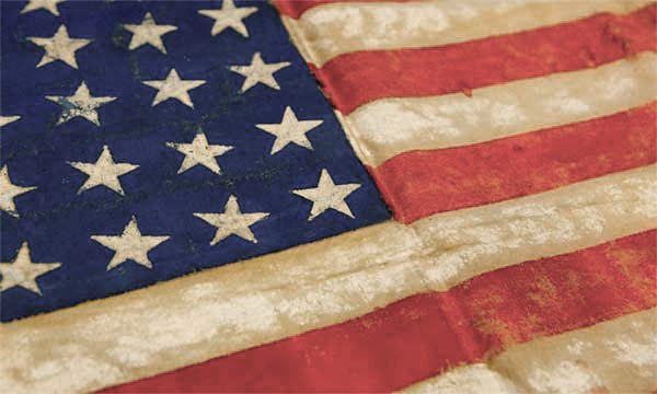 The-donated-flag-from-WWII.-U.S.-Holocaust-Memorial-Museum_v2.jpg