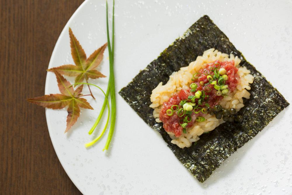 Ozaki Beef BMS 12 sushi roll.JPG