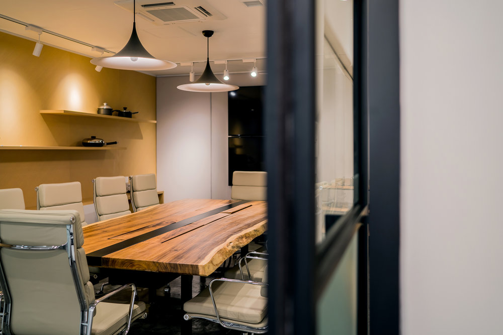 Different styles of meeting spaces are designed for various meeting types that take place in the workplace. Featured here is the executive meeting room which could be transformed into an executive office when required.