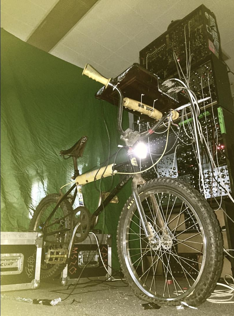 kynast 2000 synth bike