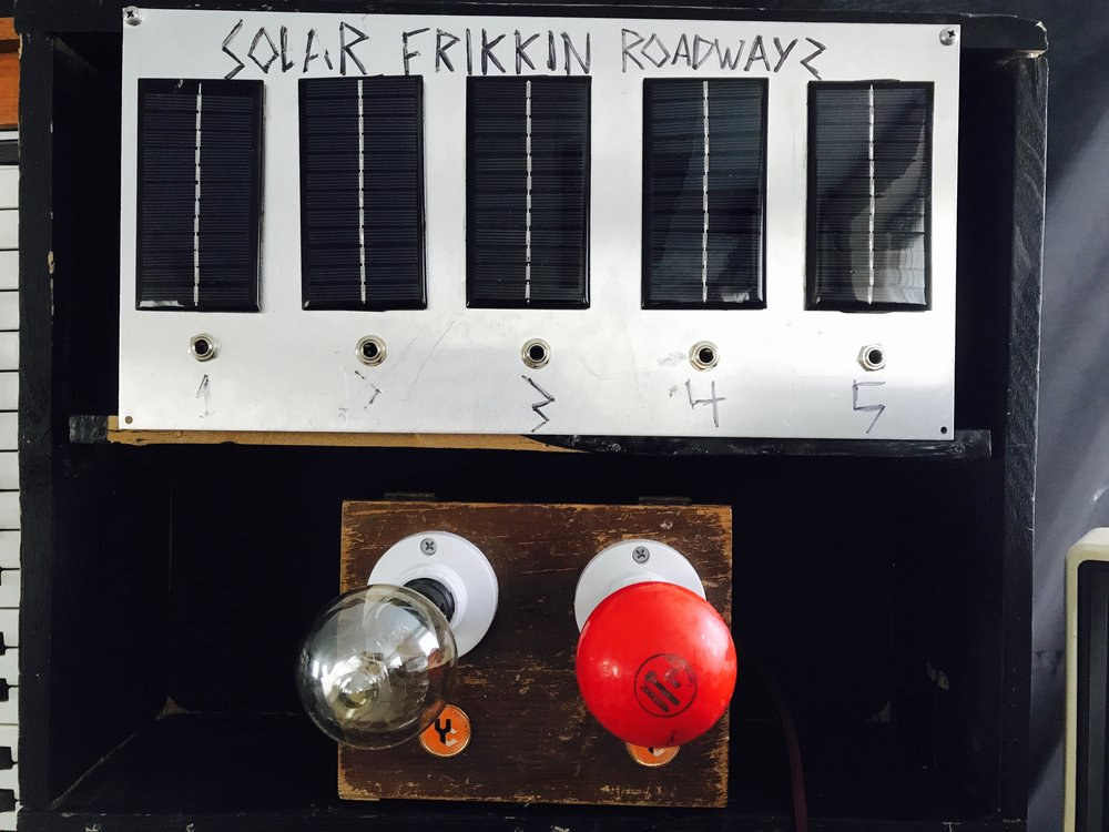 SOLAR PANELS SYNTH EXPRESSION. SOLAR FRIKKING ROADWAYS