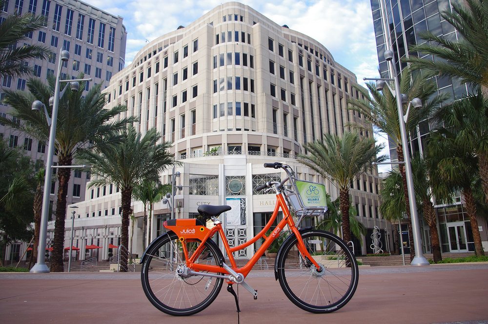 Juice Bike Share at City Hall