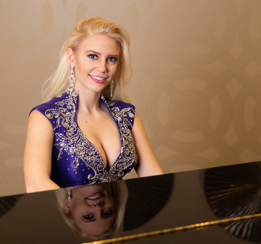 Showcase your musical talents. Glam up for your senior photos - let's see you shine!  Want to play at Carnegie Hall someday?  Or the next Miss USA?  Let us showcase your talent.