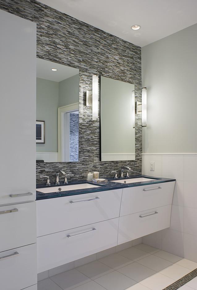 MIF2516bathroom.jpg