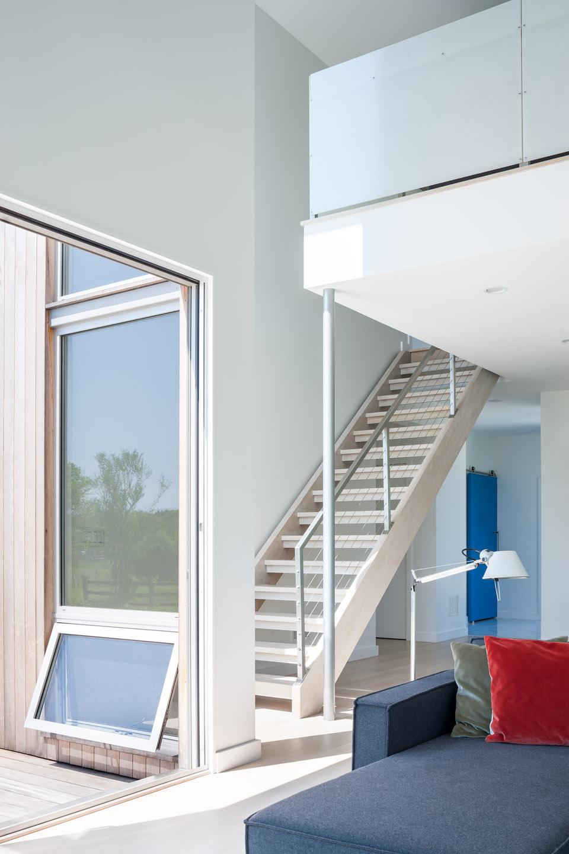 MIF3006_stairs2.jpg