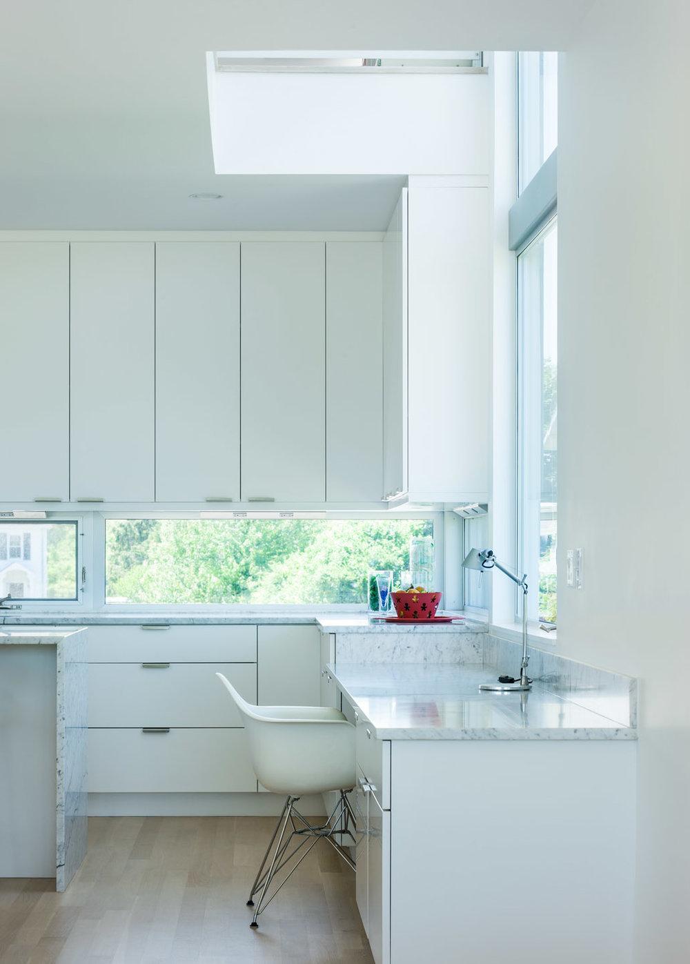 MIF3008_kitchen_desk.jpg