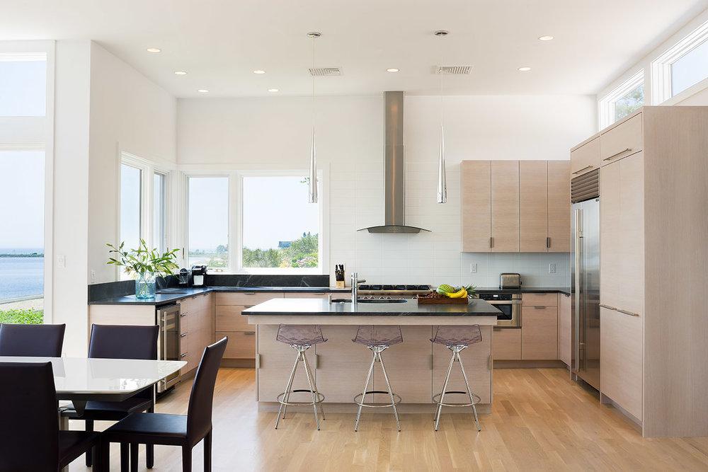 MIF2706_kitchen.jpg