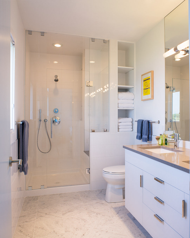 MIF2709_bathroom.jpg