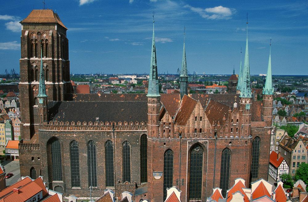 MARIAKIRKEN: Mariakirken i Gdansk regnes å være den største mursteinskirken i verden. Foto: Polska Statens Turistbyrå