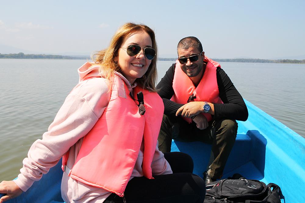 PÅ BÅTTUR: Vi hadde med oss guide ut på Lake Naivasha, og fikk oppleve det spennende dyrelivet der. Foto: Privat