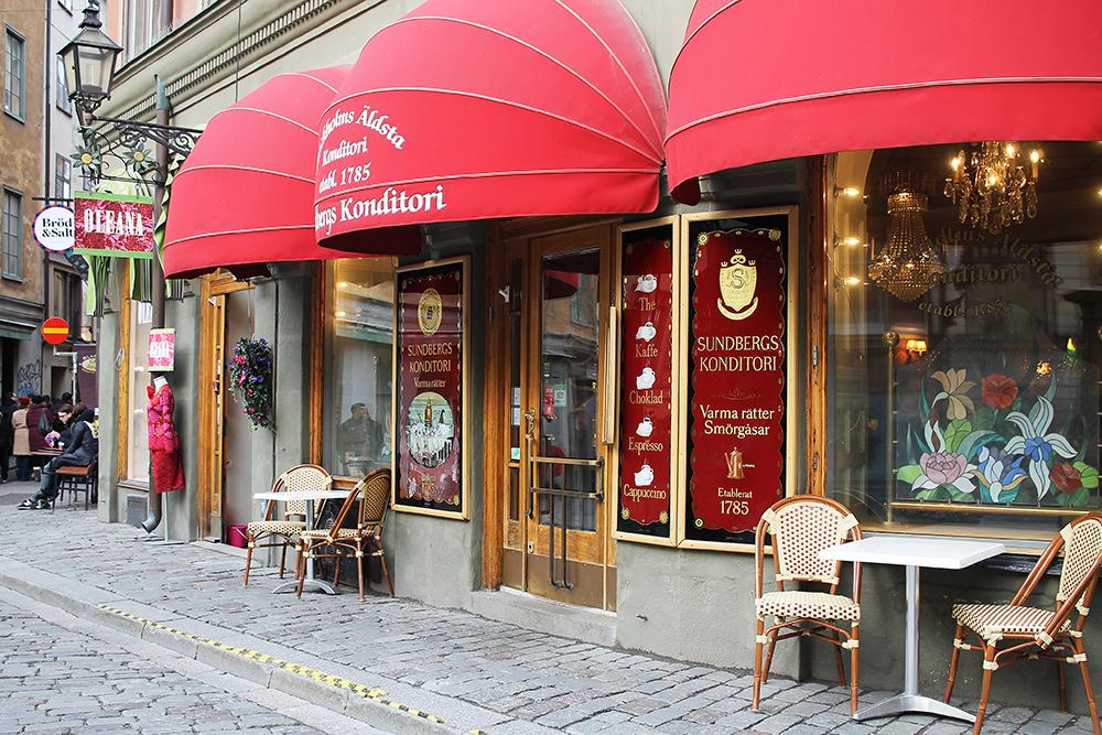 SUNDBERGS KONDITORI: Stockholms eldste konditori. Gammeldagse lokaler, gode kaker og god kaffe. Foto: Hedda Bjerén