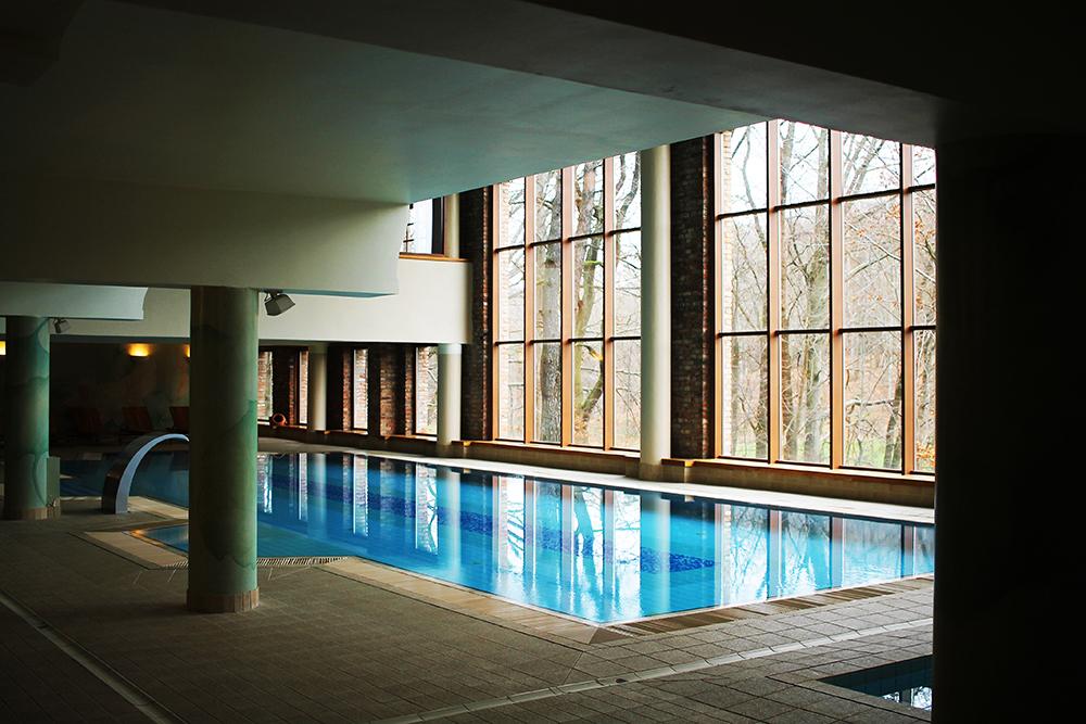 BASSENG PÅ HOTELLET: Dolina Charlotty har både basseng og boblebad. Foto: Hedda Bjerén