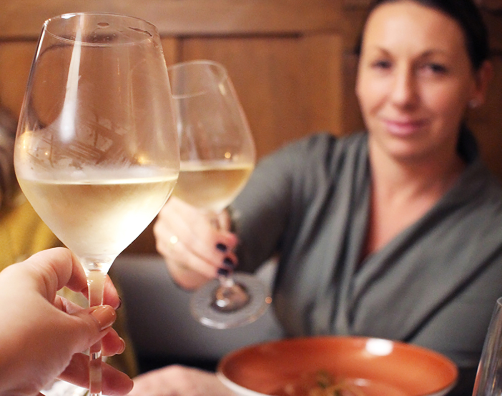 GODE SPISESTEDER: I Gdansk-området kryr det av gode spisesteder, alle med gode priser sett med norske øyne. Foto: Tenk Koffert
