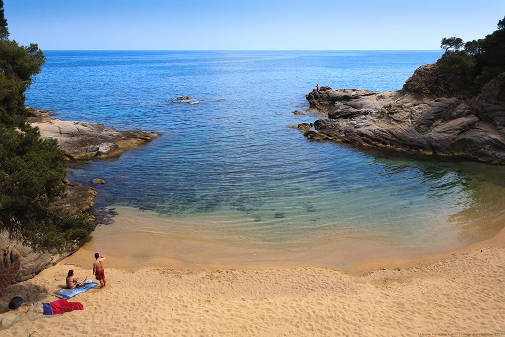 COSTA BRAVA: Vakker natur er det første jeg tenker på, når jeg tenker på dette området i Spania. Foto: Spain.info