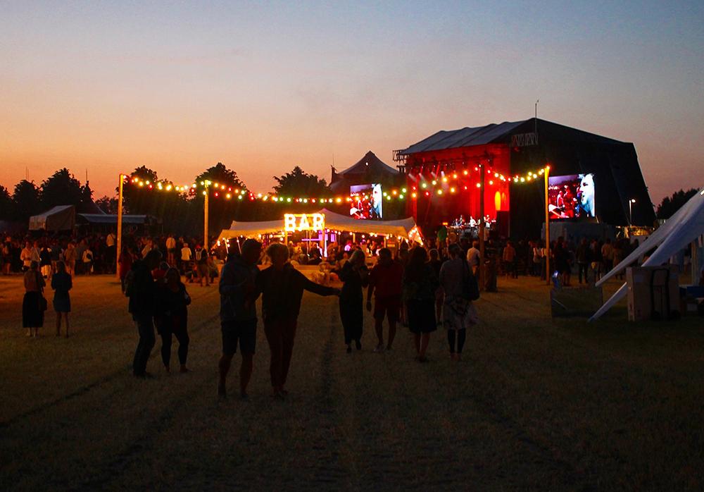 HEARTLAND-FESTIVALEN: Dette er festivalen for deg som liker bra musikk, mat og vin, men som ikke synes en god festivalopplevelse må innebære lange dokøer og gjørme på skoene.