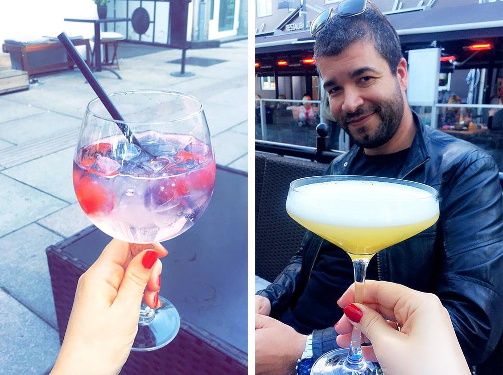 LILLE STRØM BAR: Mannen min og jeg har vært på Lille Strøm Bar flere ganger. Mannen bestiller som oftest øl, mens jeg koser meg med drinker. Drinken til venstre er en gin & tonic med jordbær. Foto: Tenk Koffert