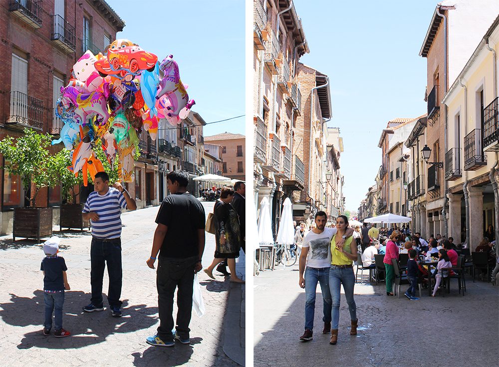 SJARMERENDE BY: Hjemmet til Cervantes er en såpass stor turistattraksjon, at i gågaten, som er ligger rett utenfor hjemmet får turistene alt de kan ønske seg, enten det er en gassballong, en souvernir eller et glass vin. Foto: Reisebloggen Tenk Koffert