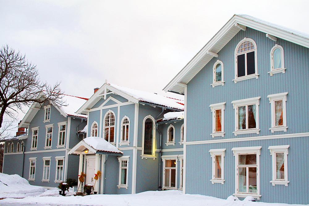 JANUAR: Årets første reise gikk til ærverdige Losby Gods. Foto: Tenk Koffert