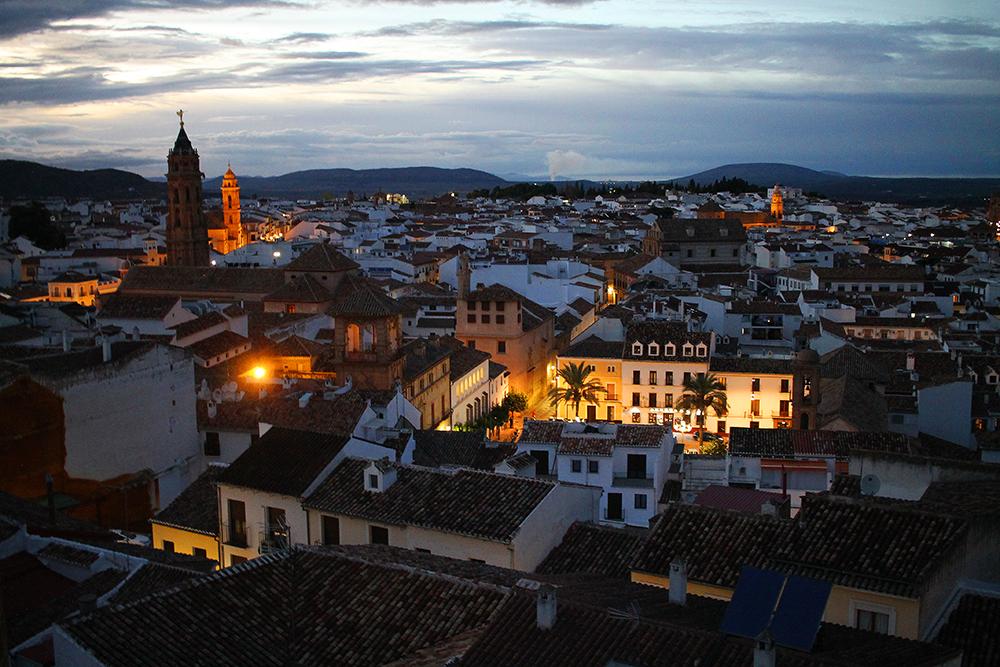 OKTOBER: Antequera i provinsen Malaga. Foto: Tenk Koffert