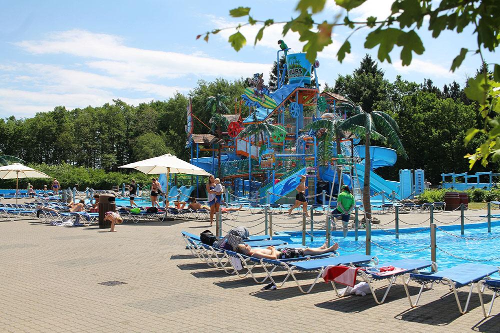 DJURS SOMMERLAND: Her er det, i tillegg til tivoli, badeland! Foto: Tenk Koffert