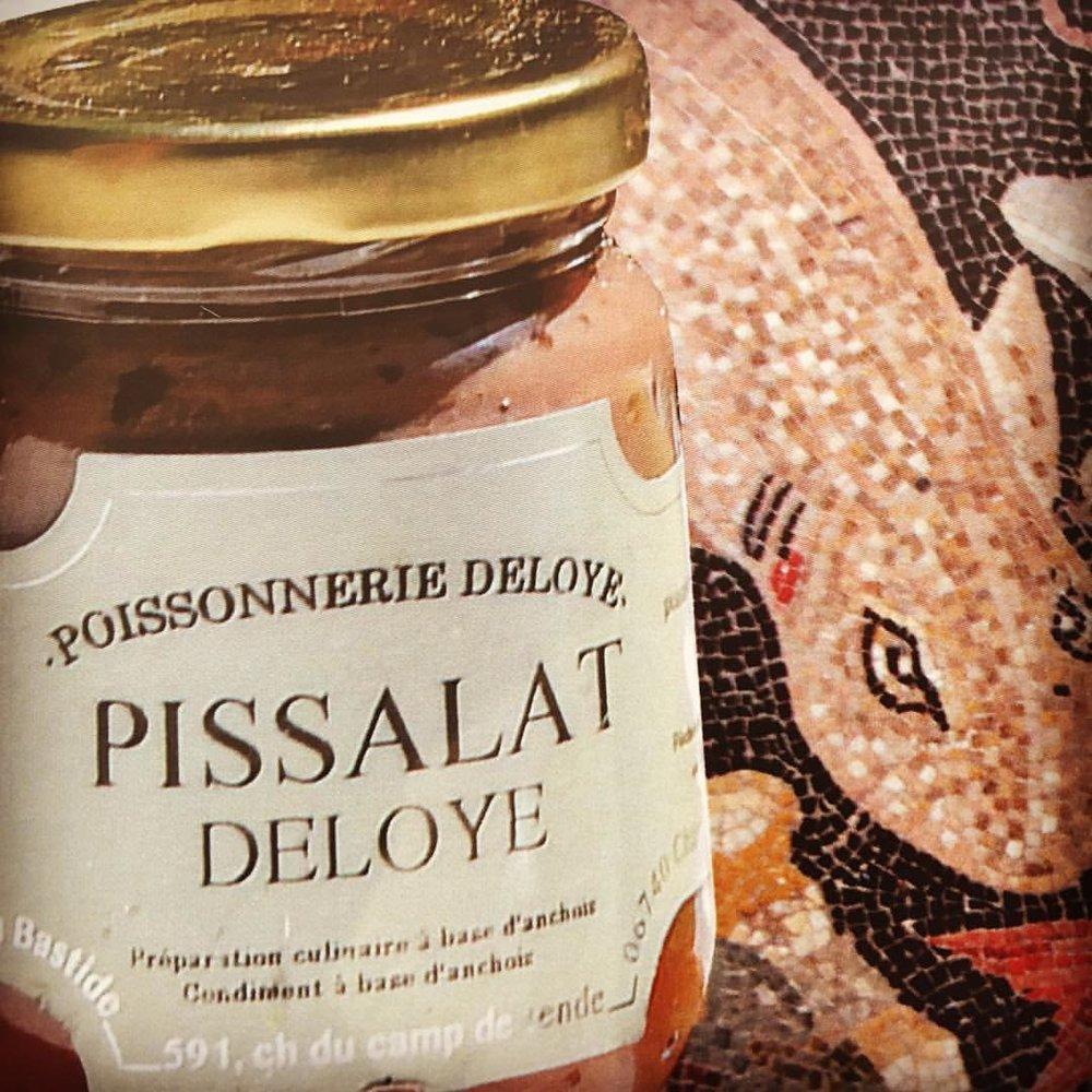 Il n'y a pas de bonne pissaladière sans pissalat, c'est pourquoi nous vous avons déniché le meilleur de la région, le goûter, c'est déjà l'adopter ...