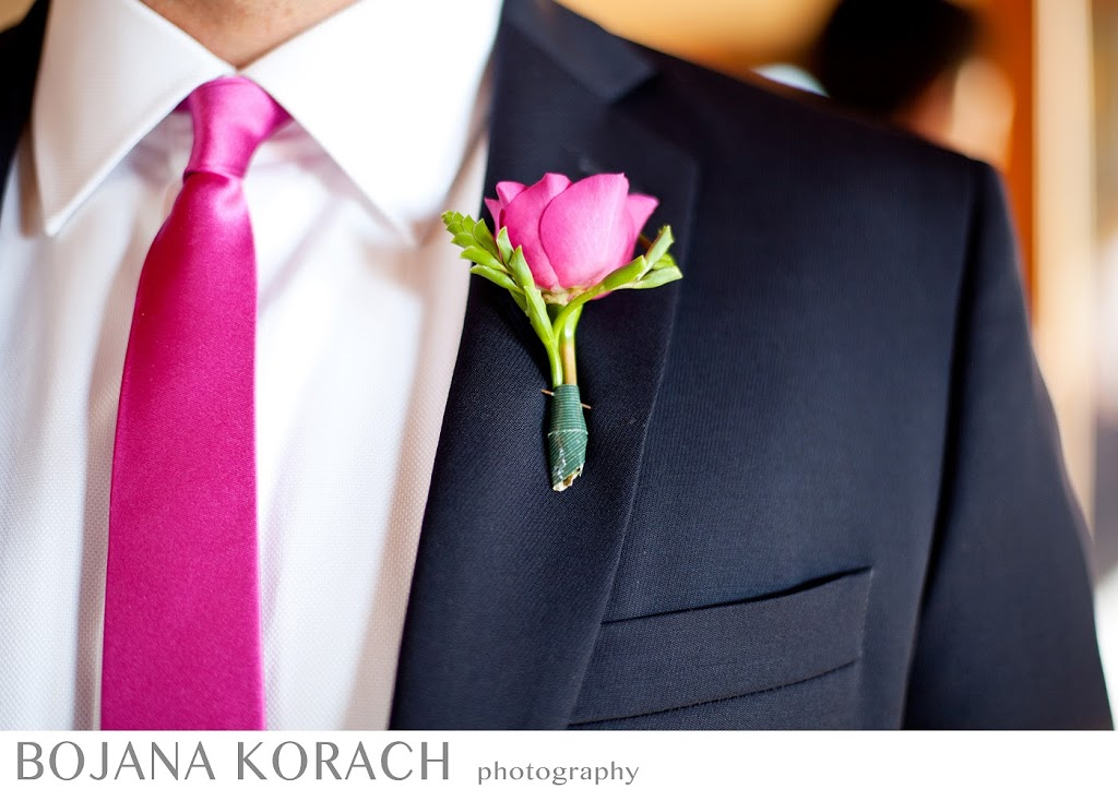boutonniere detail shot of wedding at nicholson ranch in sonoma, wedding photography