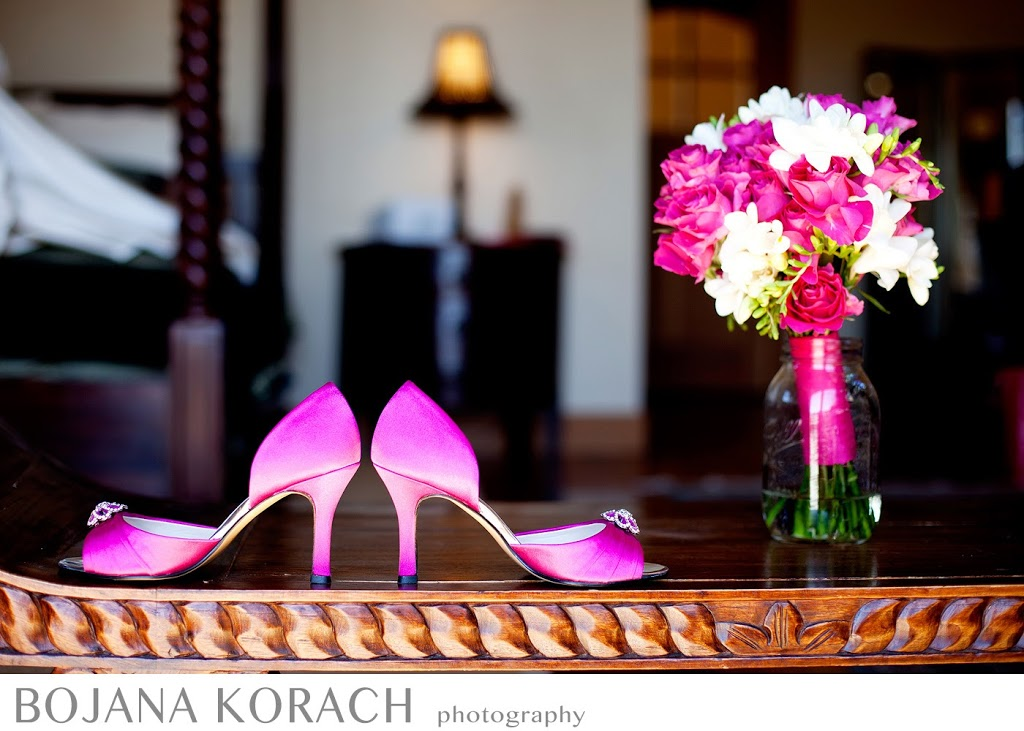 pink themed flower bouquet and shoes at nicholson ranch winery in sonoma, weddiing photography