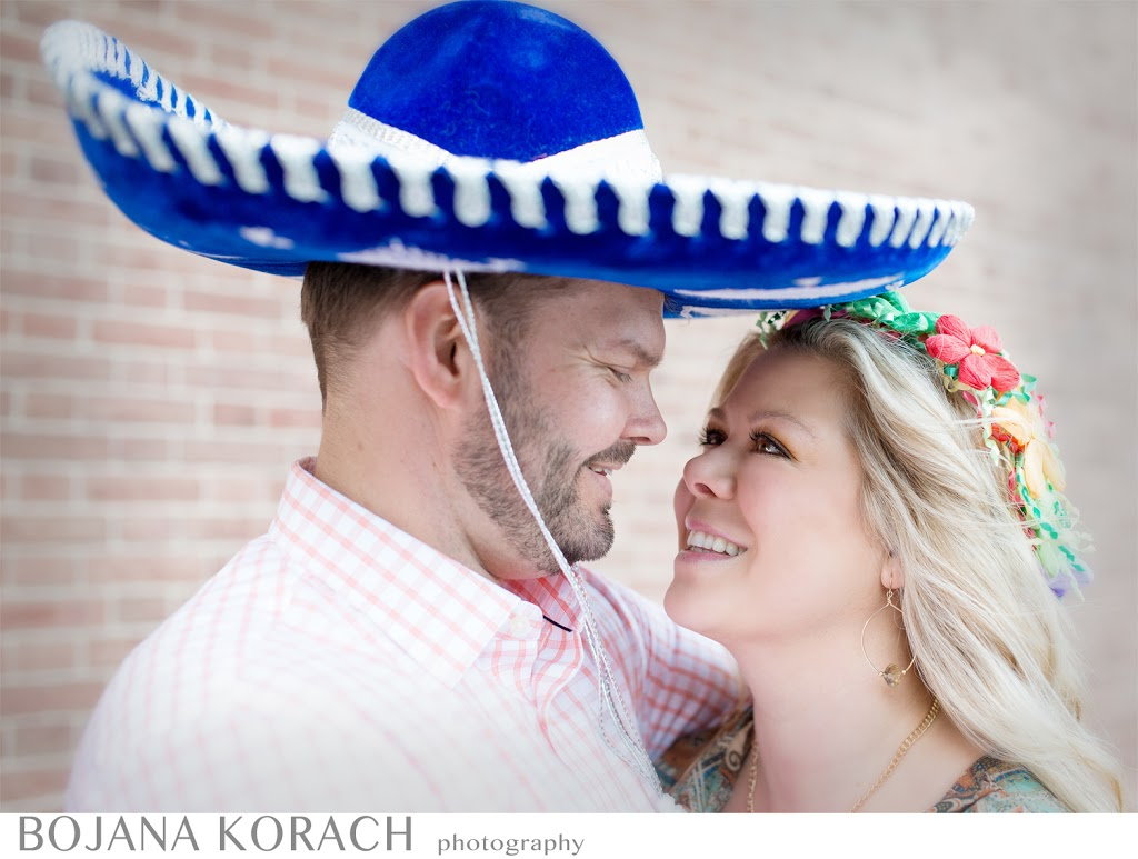 san francisco photographer photographs an engagement session with sombreros