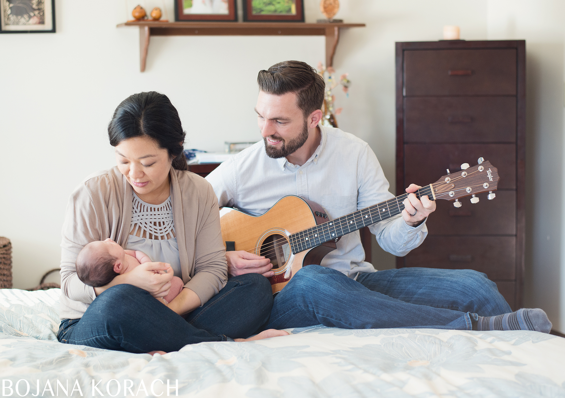 oakland-newborn-girl-photography-guitar
