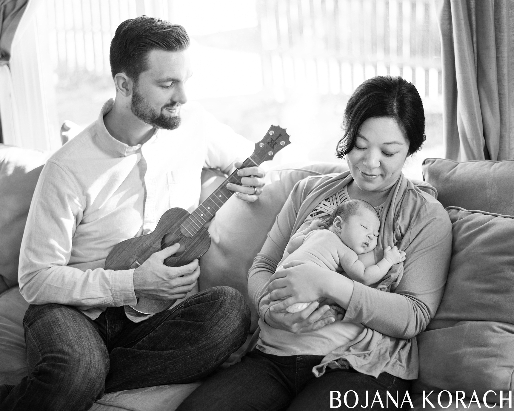 oakland-newborn-photography-ukelele