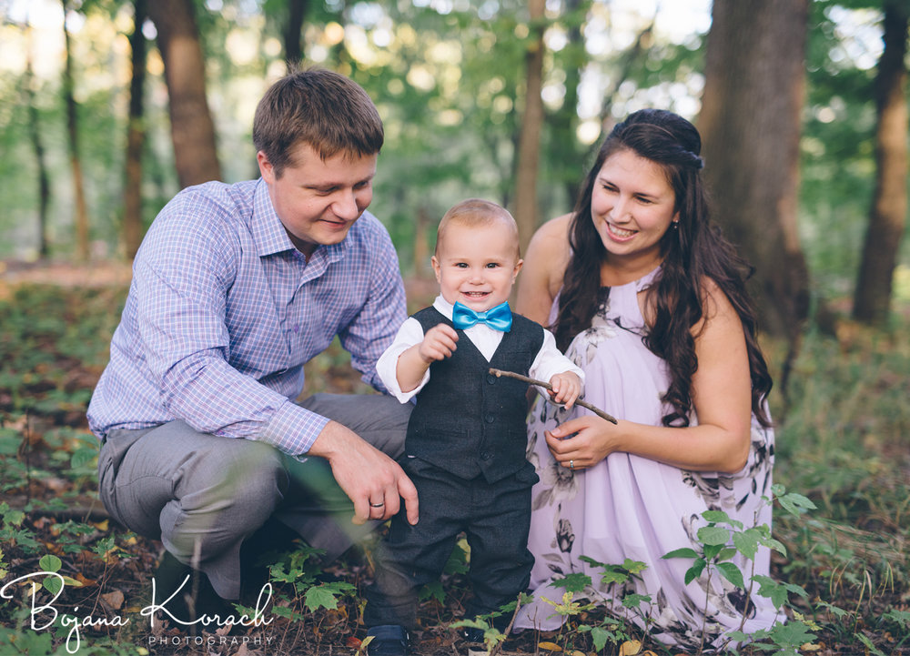chicago family photo session in the forest
